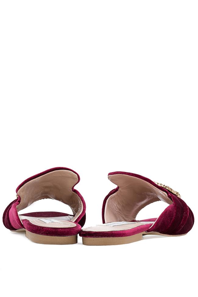 Papuci din catifea cu accesoriu din metal Ana Kaloni imagine 2