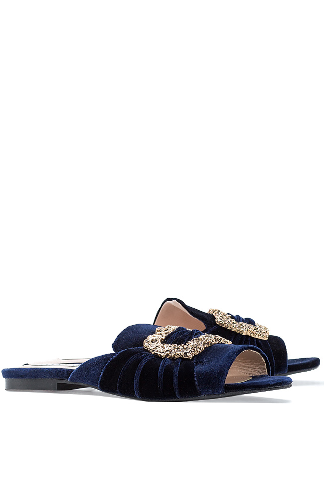 Papuci din catifea cu accesoriu din metal Ana Kaloni imagine 1