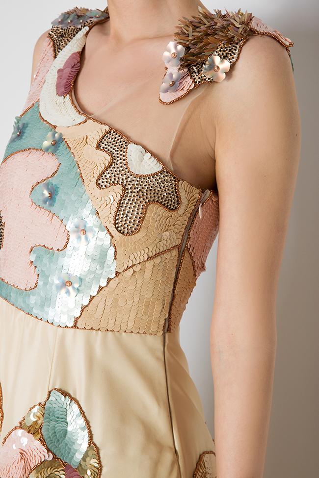 Robe en taffetas de soie avec des broderies à sequins Elena Perseil image 3