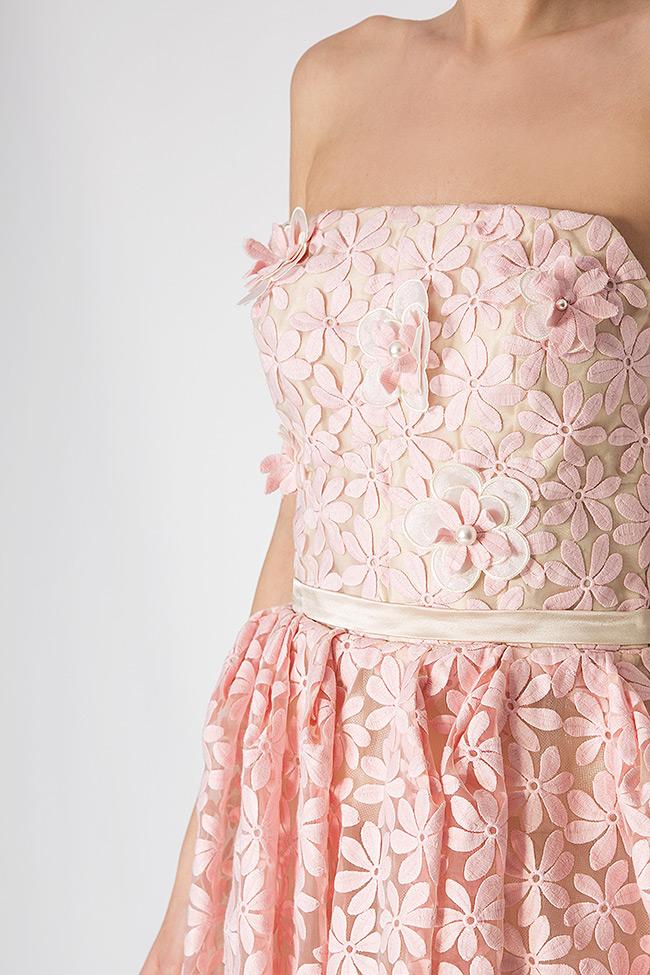 Robe en organza de soie, avec broderies 3D Elena Perseil image 3