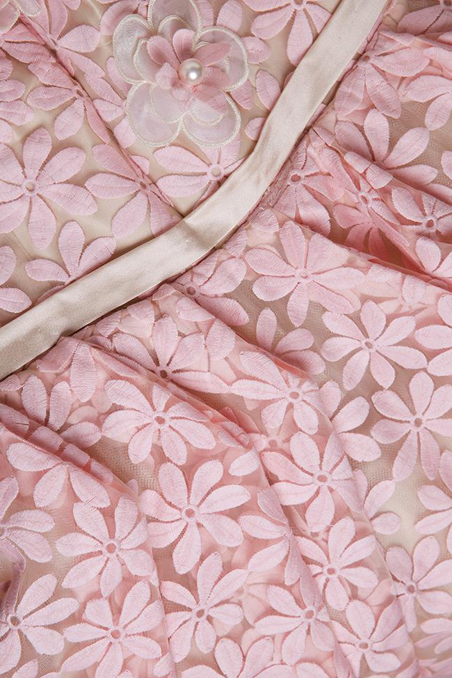 Robe en organza de soie, avec broderies 3D Elena Perseil image 5