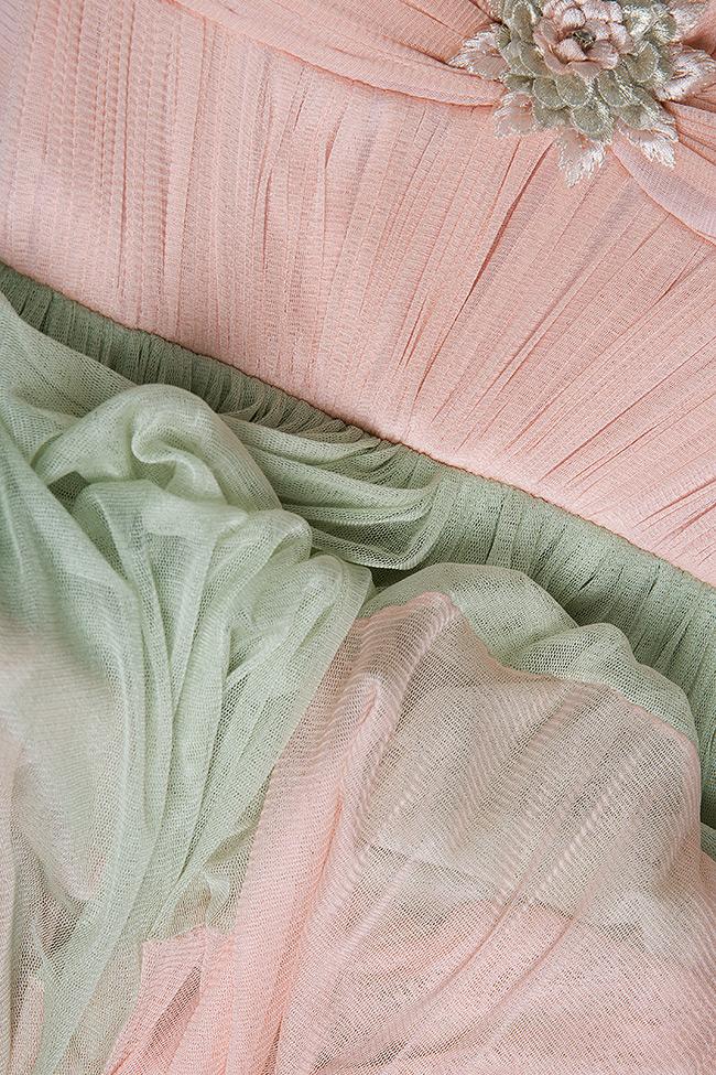 Robe en tulle de soie, avec broderies appliquées à la main Elena Perseil image 4