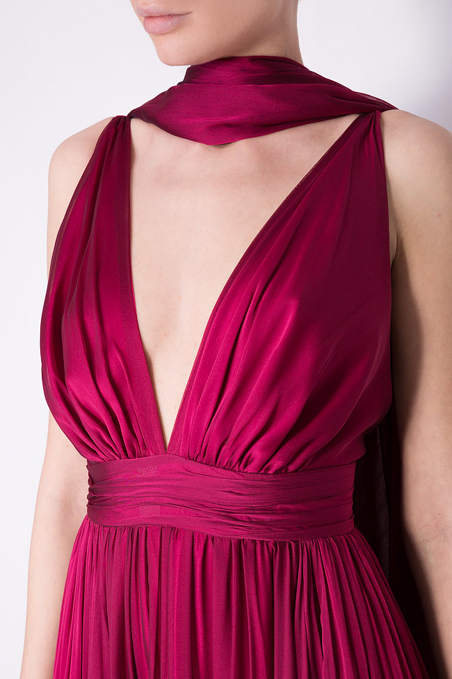 Open-back silk chiffon gown with detachable scarf Cloche image 3