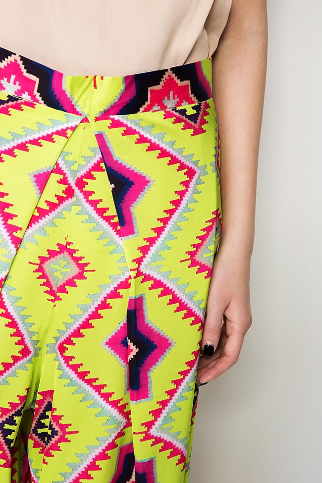 Pantaloni din crep de matase cu imprimeu digital Dorin Negrau imagine 3