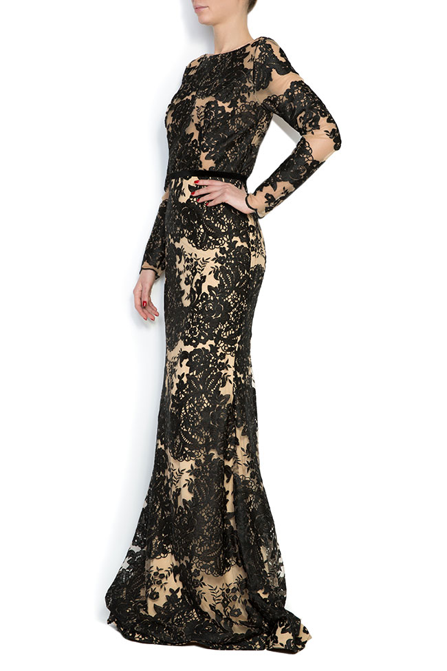 Embroidered tulle lace gown Bien Savvy image 1