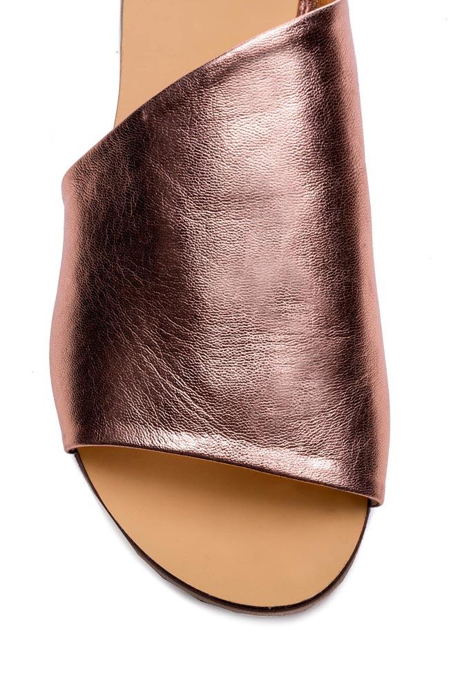 Papuci din piele metalizata Mihaela Gheorghe imagine 3