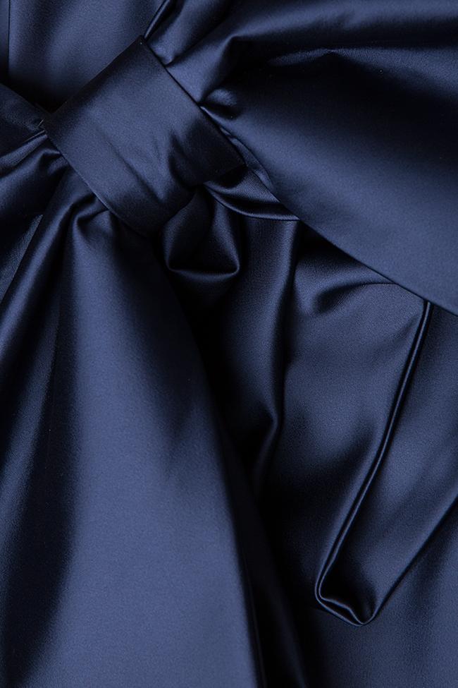 Donna bowed satin taffeta gown Ava Frid image 4