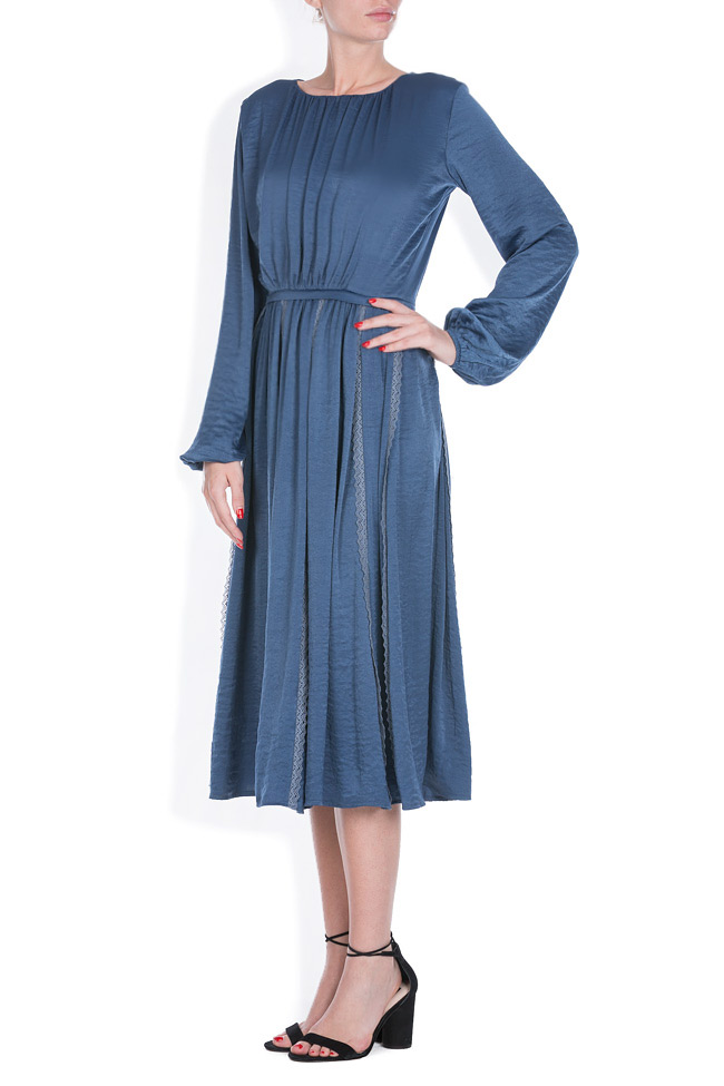 Lace-trimmed satin midi dress BLUZAT image 1