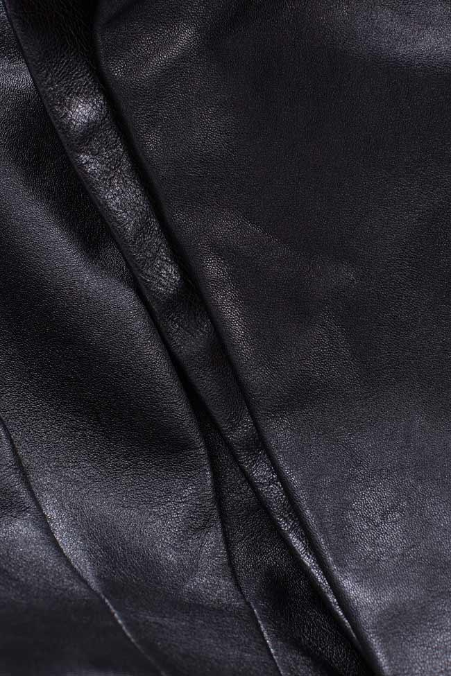Pantaloni scurti din piele naturala Zenon imagine 4