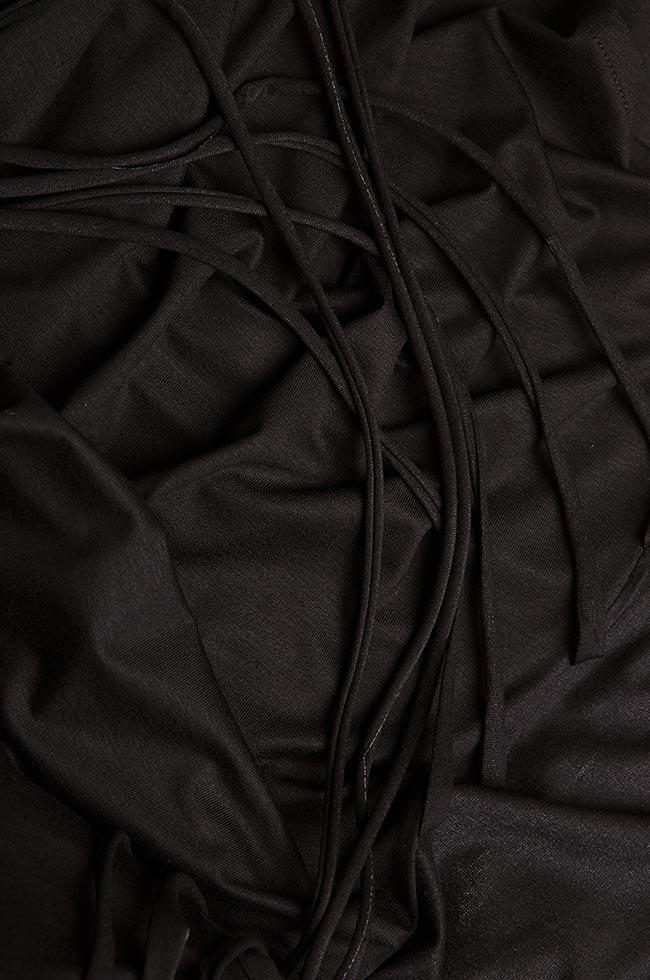 Bluza asimetrica din jerseu de bumbac cu insertii din tul Larisa Dragna imagine 4
