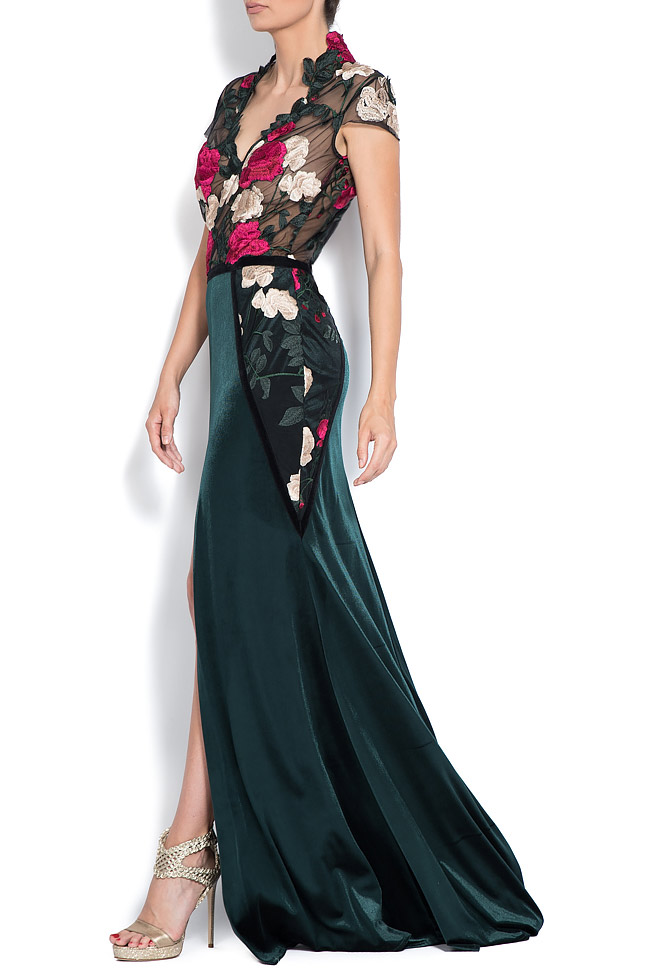 Embroidered silk velvet and lace gown Bien Savvy image 1