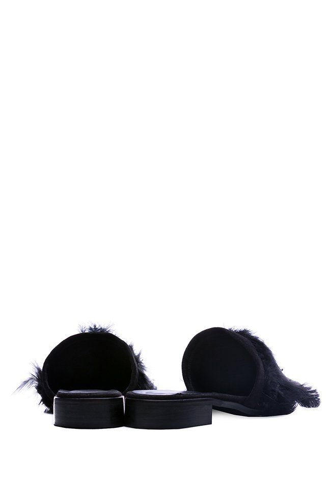 Feather-embellished suede mules Zenon image 2