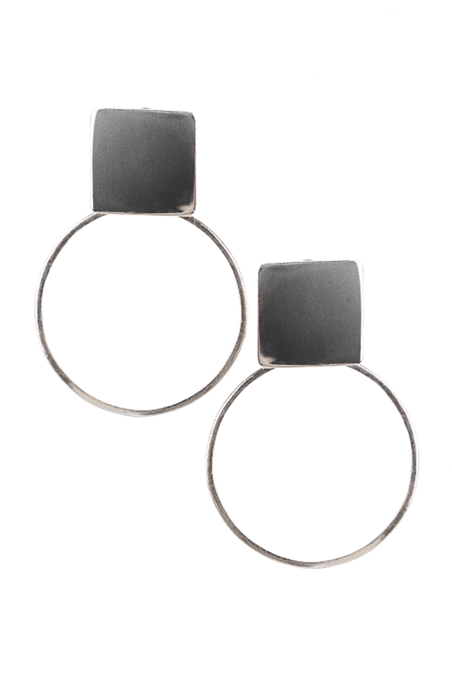 Plattitude Circled silver earrings Monom image 0