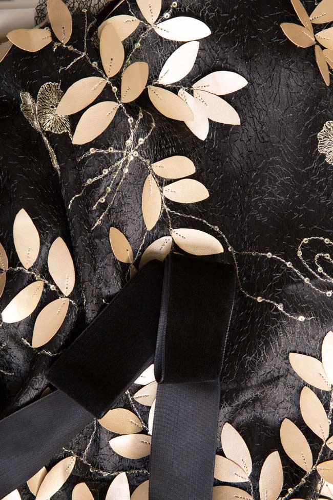 Robe en dentelle avec applications et bretelles en velours Tinker Bell DALB by Mihaela Dulgheru image 4