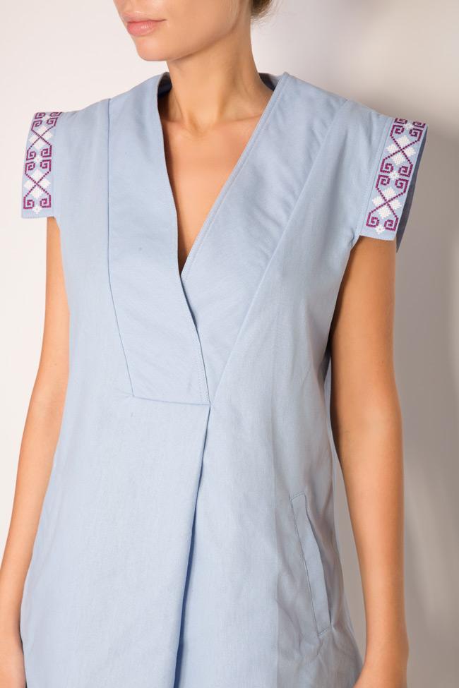 Robe en coton brodée avec fil de soie Maressia image 3