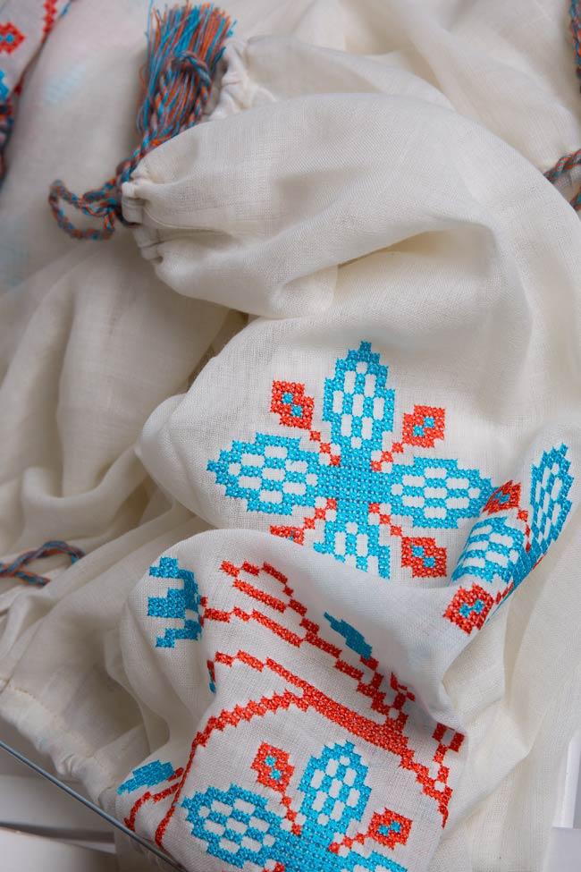 Robe en voile de laine brodée avec fil de soie Spiral Flower Maressia image 4