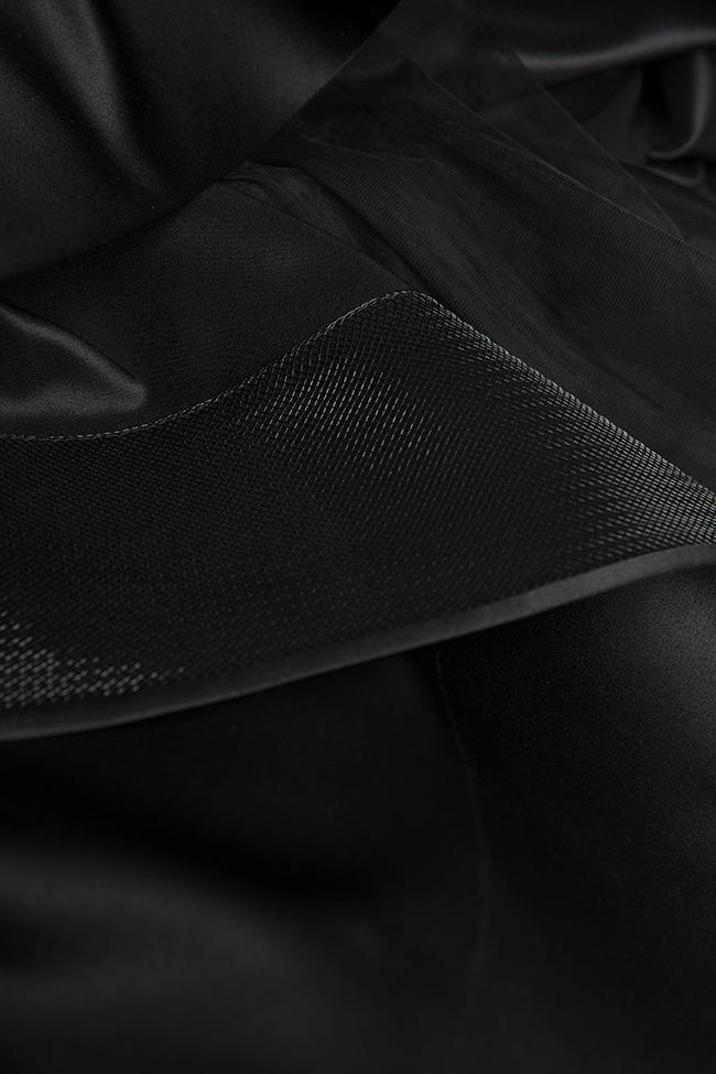Jupe asymétrique satinée avec insertions de tulle  Monarh image 4