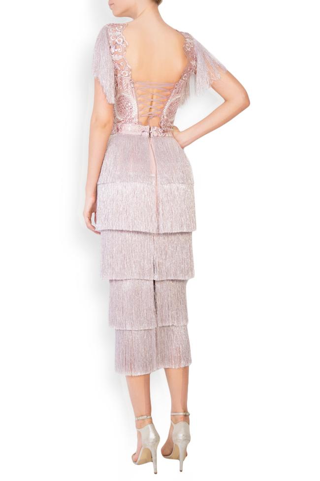 Ensemble en tulle brodé avec fil de lamé et jupe avec franges Mariana Ciceu image 2