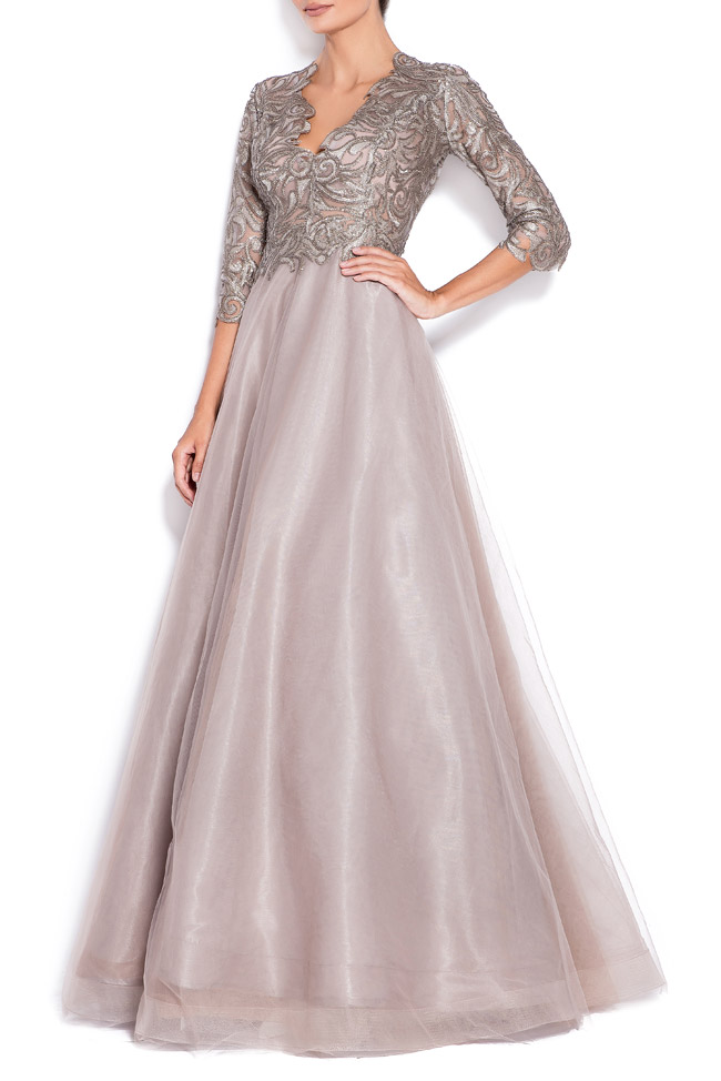 Silver sequined appliquéd tulle gown Bien Savvy image 1