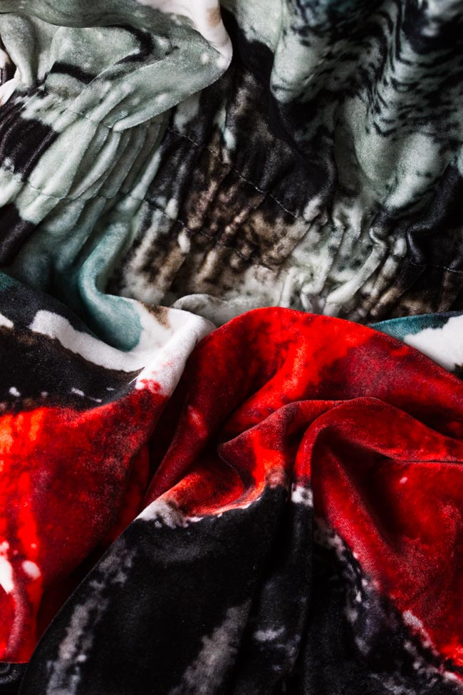 Rochie din catifea de matase imprimata Changing Waters Argo by Andreea Buga imagine 4