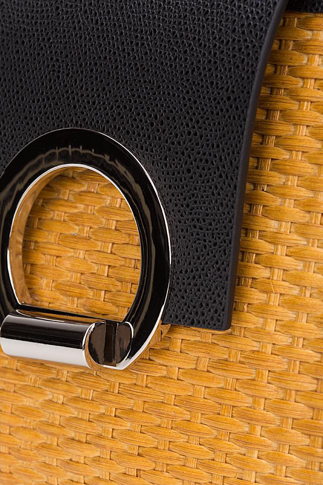 Geanta mini bicolora din piele texturata cu accesorii din metal Rita Catalin Onocan imagine 2