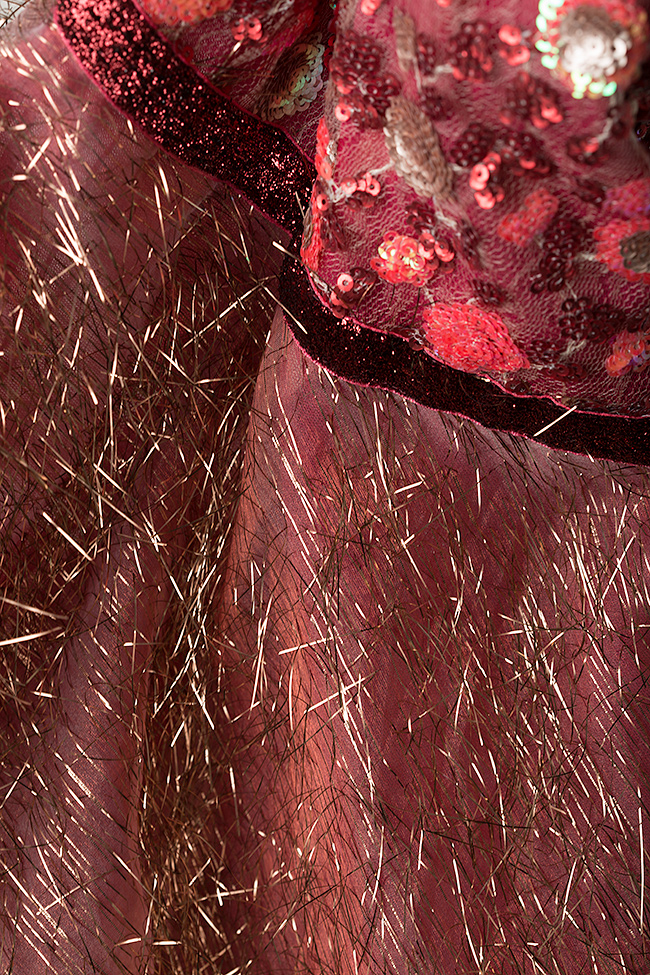 Rochie din tul metalizat cu broderie 3D si aplicatii din catifea Fayola Simona Semen imagine 4
