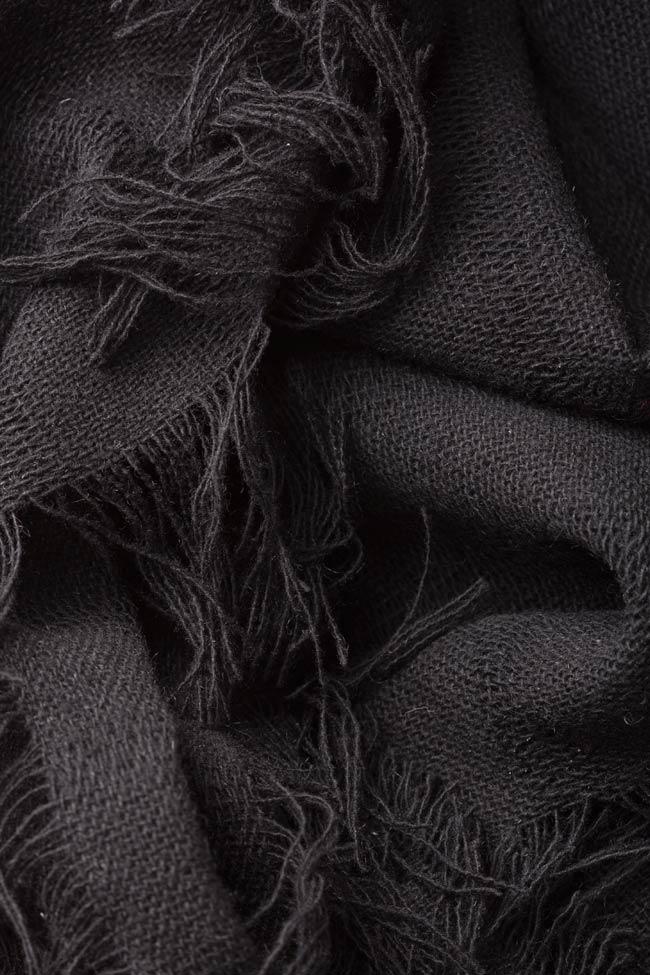 Fringed wool scarf Lia Aram image 4