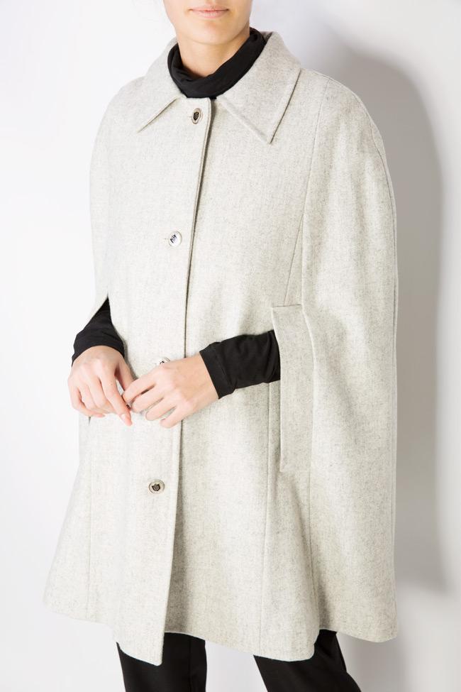 Cape en étoffe de laine Mariana Ciceu image 3