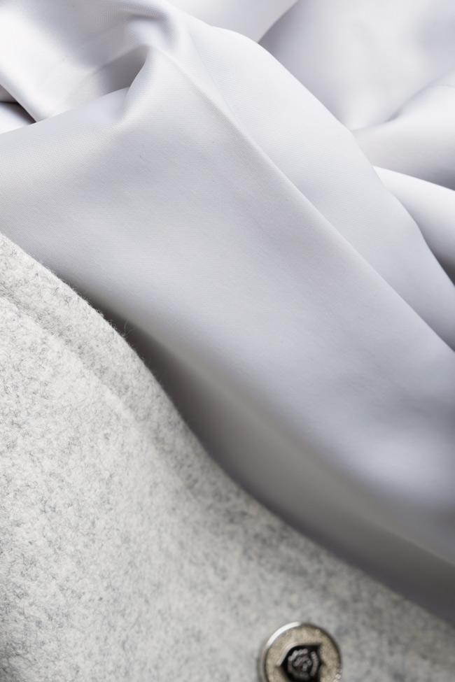 Cape en étoffe de laine Mariana Ciceu image 4
