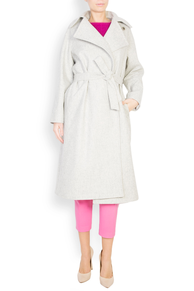 Asymmetric wool-blend coat  Mariana Ciceu image 0