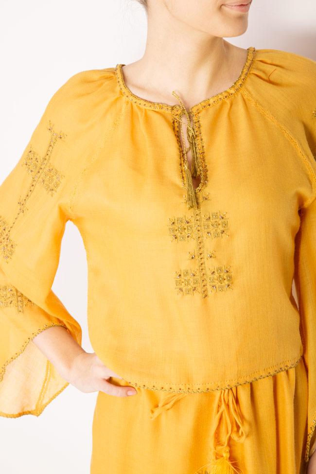 Bluza tip ie brodata manual din lana merinos Izabela Mandoiu imagine 3