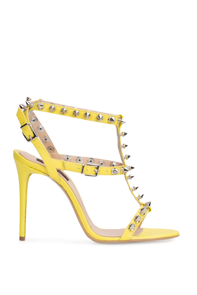 Aphrodisiac rockstud leather sandals Traces of Heels image 0