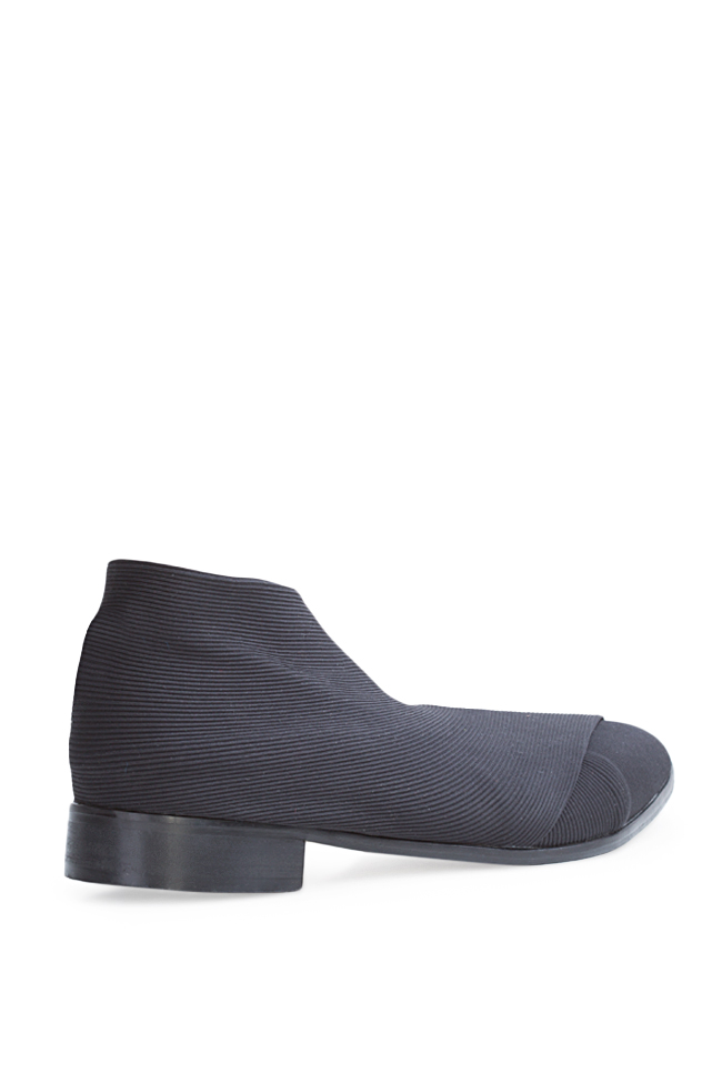 Muff bandage and leather slip-on flats Mihaela Gheorghe image 1