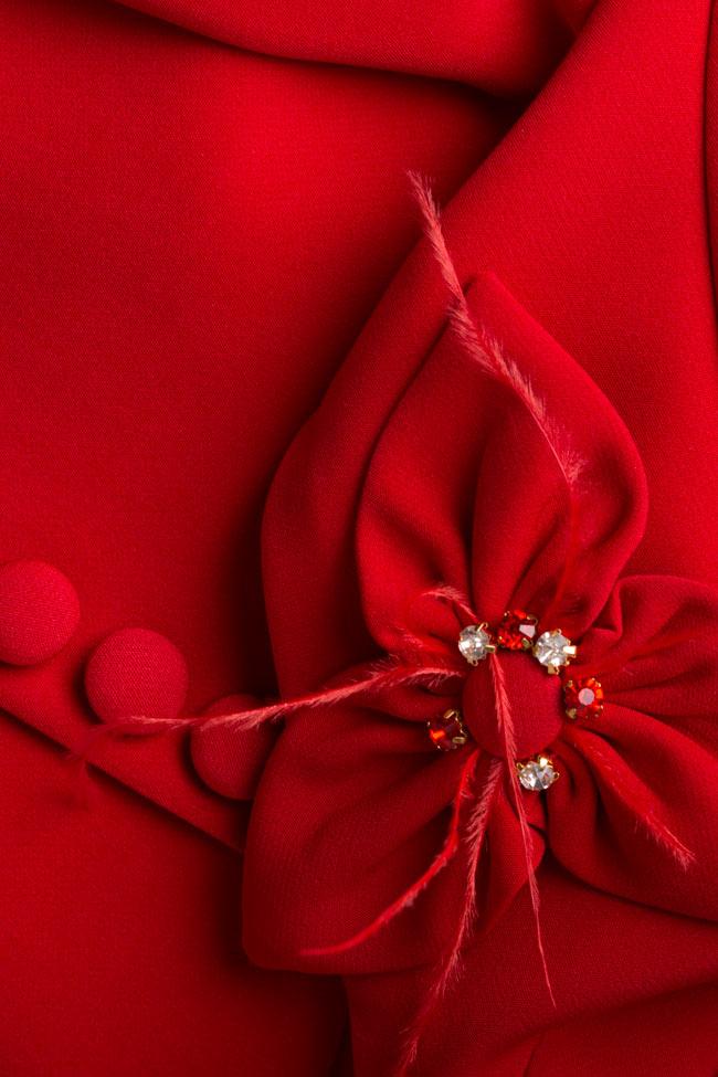 Rochie din crep cu nasturi si aplicatii florale Mariana Ciceu imagine 4