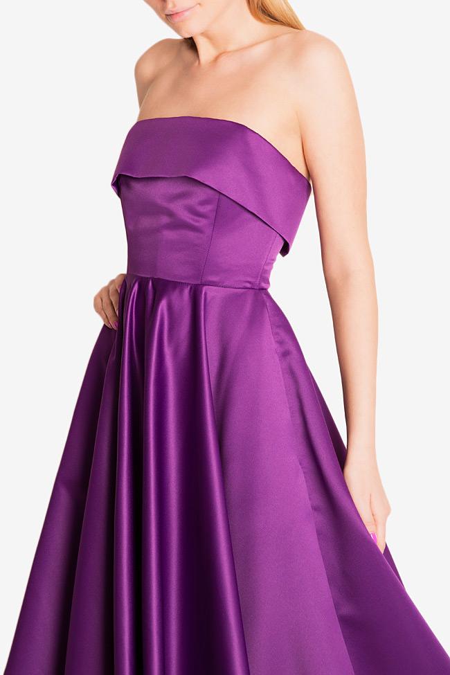 Asymmetric taffeta gown Cloche image 3