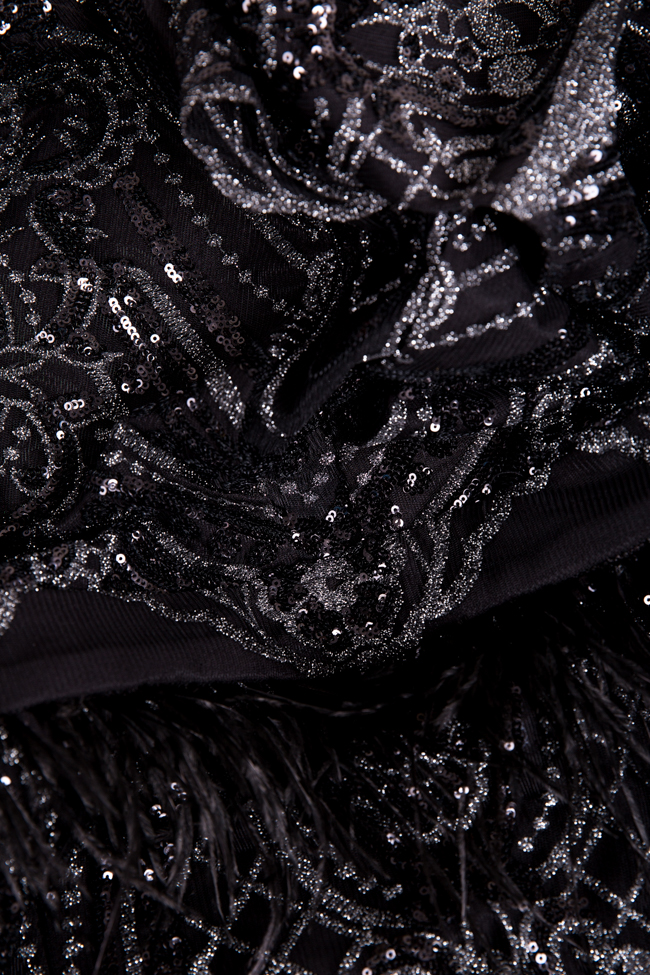 Rochie din dantela brodata cu paiete si peplum din pene naturaleKhali Mariana Ciceu imagine 4