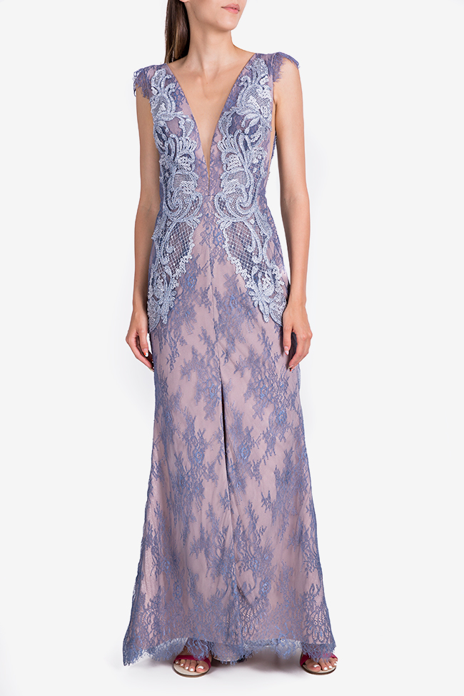 Embroidered open-back Chantilly lace gown Nicole Enea image 1
