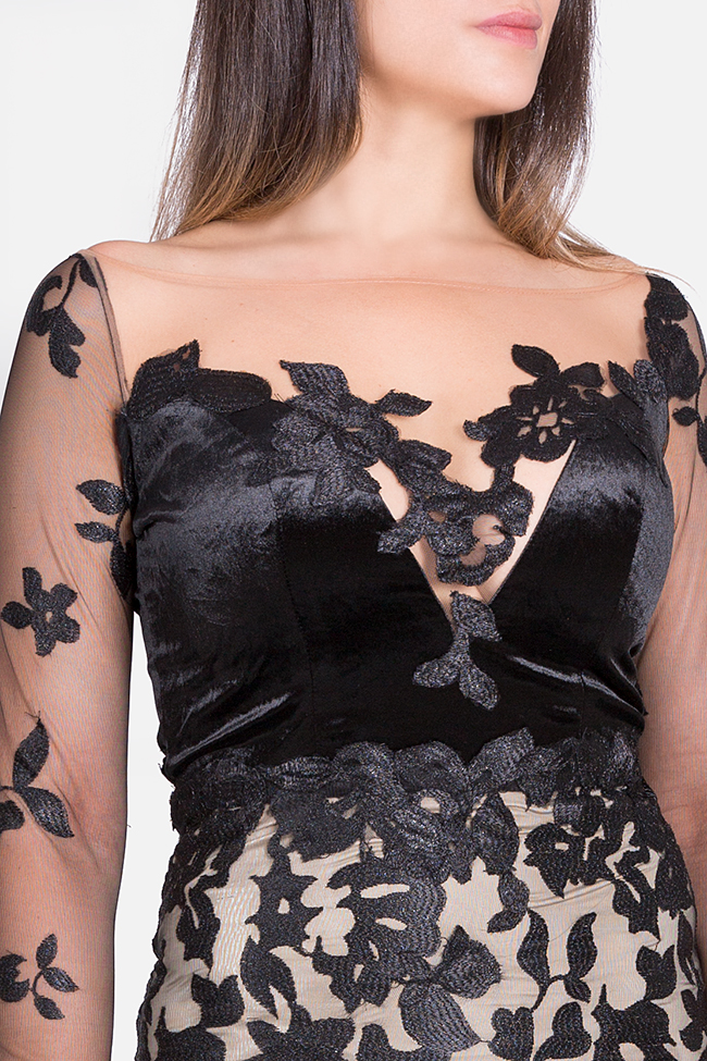Daisy velvet-trimmed appliquéd tulle gown Bien Savvy image 3