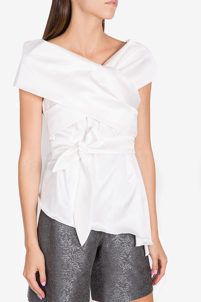 Bluza asimetrica din amestec de bumbac structurat DALB by Mihaela Dulgheru imagine 0