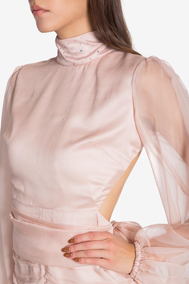 Rochie din voal de matase cu perle brodate manual si spatele gol Sara Arllabel Golden Brand imagine 3
