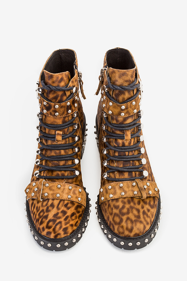 MA' 3 buckled leopard-print fur ankle boots  Mihai Albu image 3