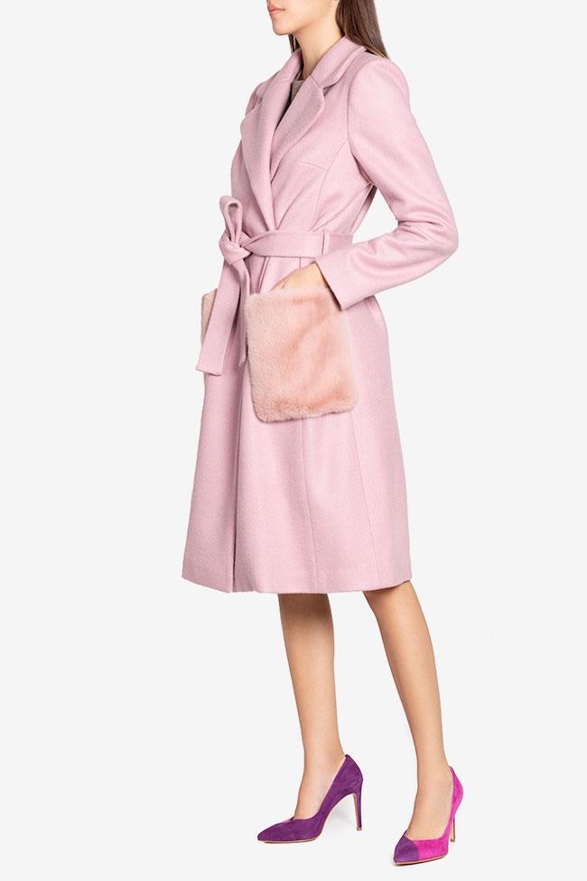 Manteau en étoffe de mélange de laine avec appliquées de fourrure Ramona Belciu image 0