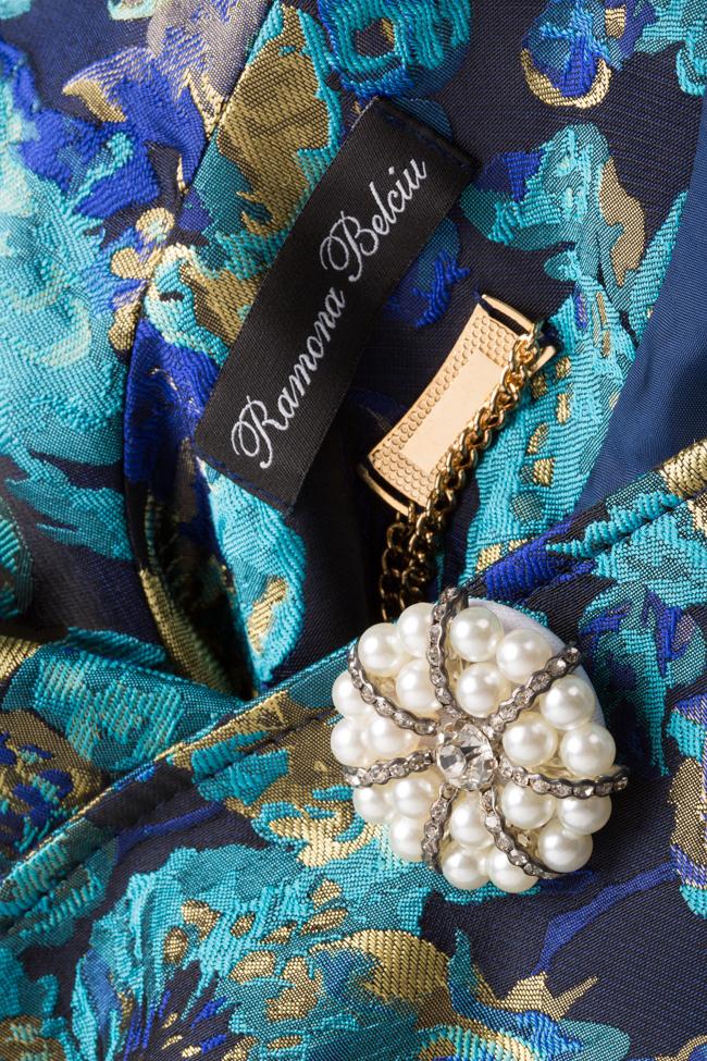 Palton din brocard din amestec de bumbac cu nasture fantezie  Ramona Belciu imagine 4