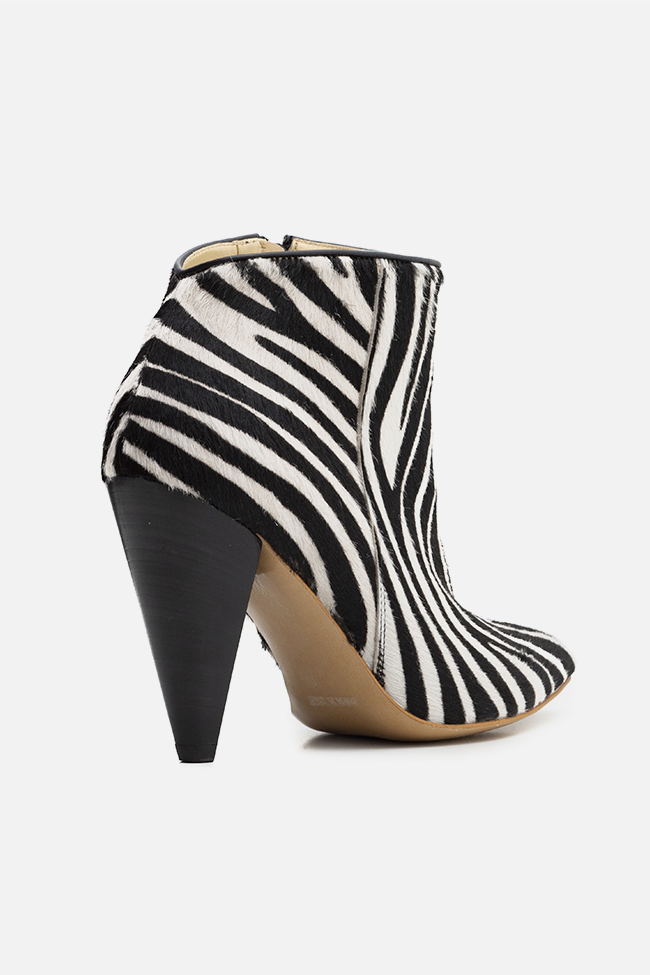 Sara90 zebra-print calf hair ankle boots Ginissima image 1