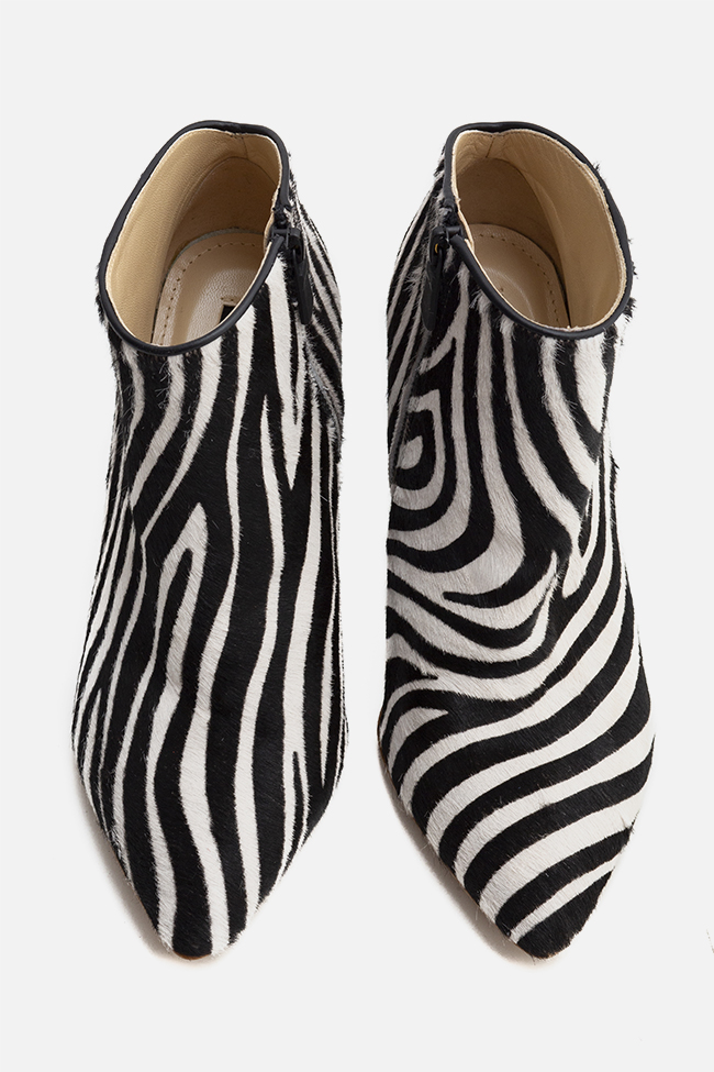 Sara90 zebra-print calf hair ankle boots Ginissima image 2
