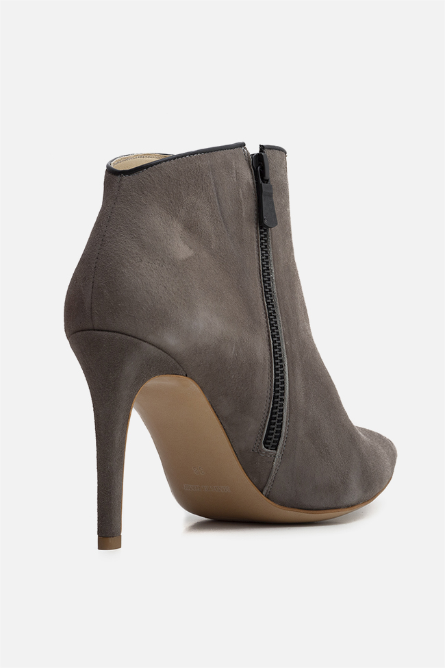 Sara90 suede ankle boots Ginissima image 1