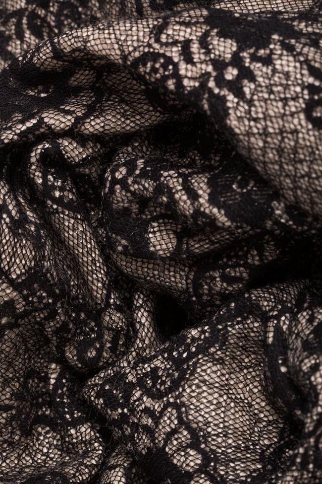 Robe asymétrique en laine et dentelle Tina Elena Perseil image 4