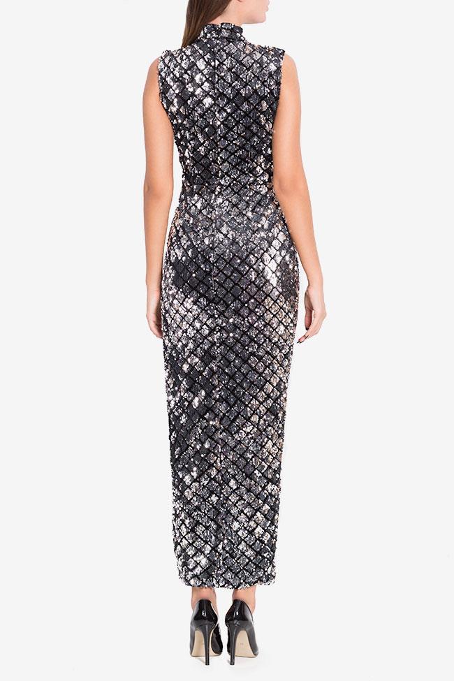 Silver wrap-effect velvet embellished gown Arllabel Golden Brand image 2