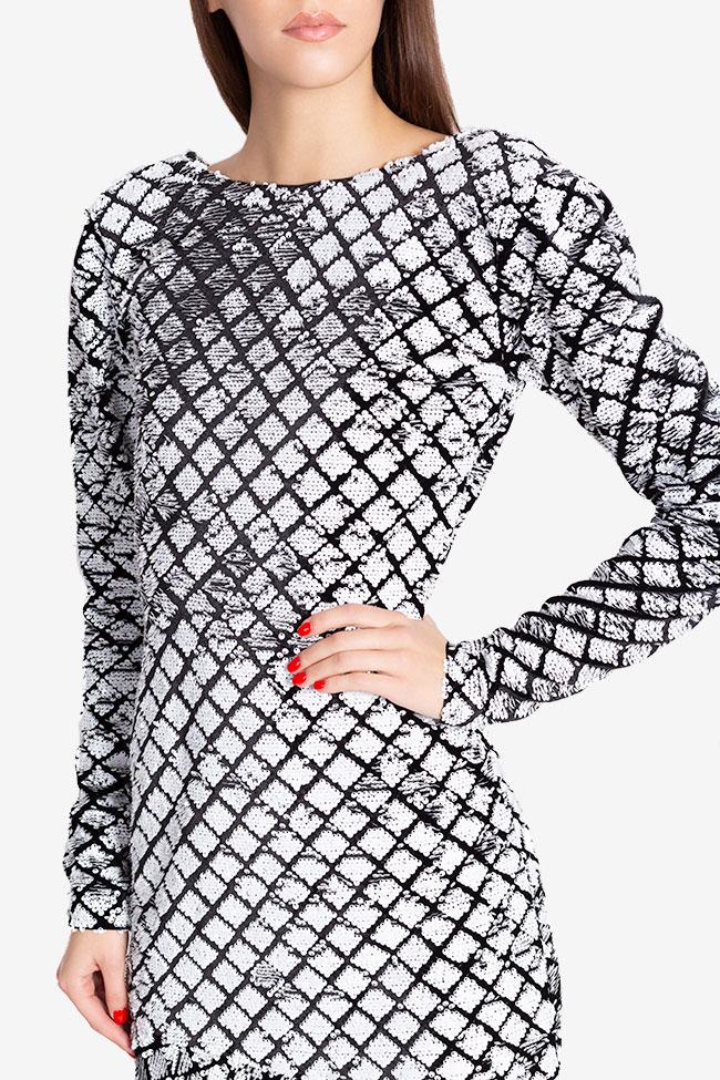 Rochie asimetrica din catifea ornata cu paiete Chloe Arllabel Golden Brand imagine 3