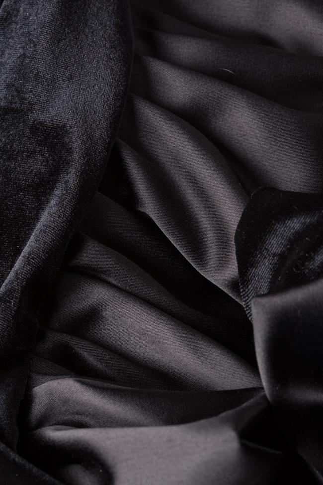 Robe asymétrique en velours avec volants Ruffle Arllabel Golden Brand image 4
